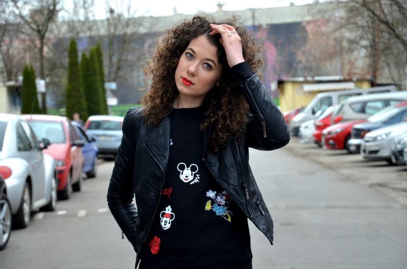 bluza z Myszką Miki, Vansy, stylizacja, ramoneska