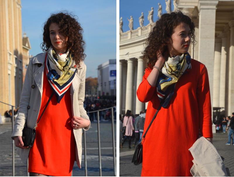 czerwona sukienka, apaszka, Rzym, Watykan, Włochy, kręcone włosy, trencz, stylizacja, outfit, baleriny Aldo