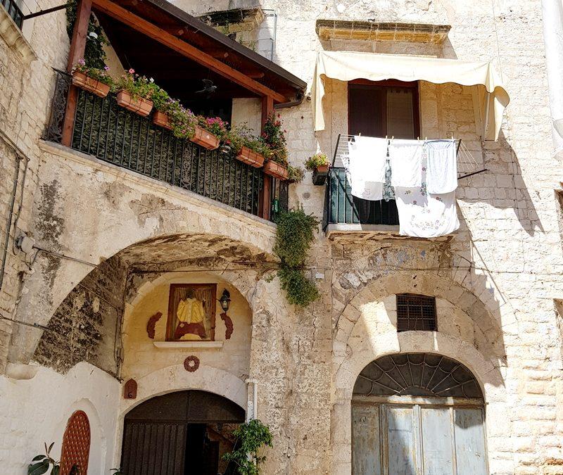 Czy warto jechać do Bari i dlaczego tak? Gdzie zjeść i co zobaczyć?