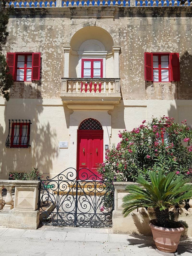 Malta, Mdina, Valetta, Dingli Cliffs, Comino, Niebieska Grota, Blue Lagune, rejs statkiem, wakacje, zakreecona