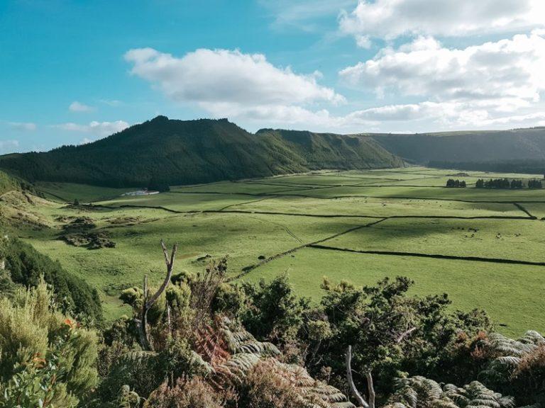 Terceira – wyspa na środku Atlantyku, którą zapragniesz odwiedzić