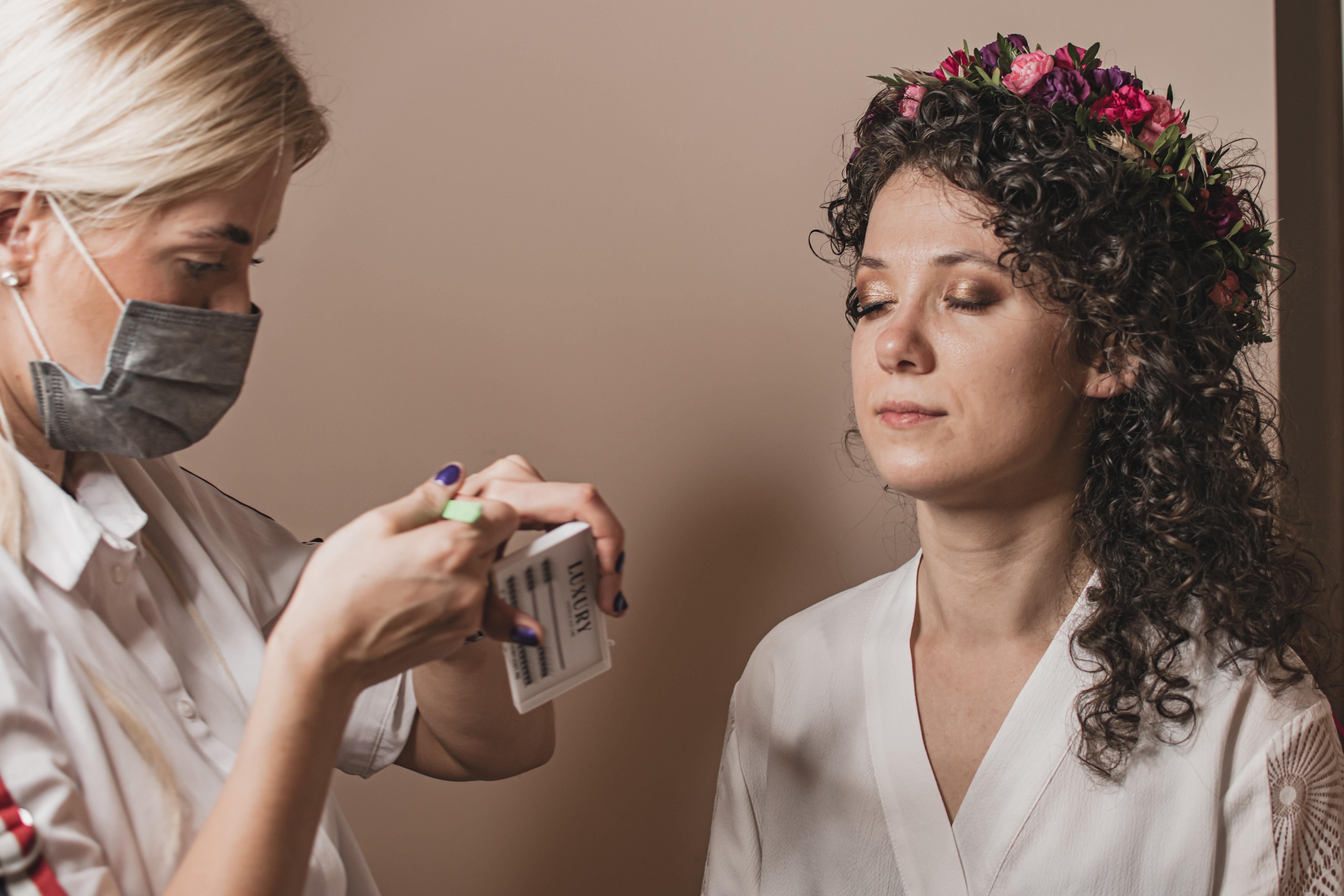 makijaż ślubny, zakreecony ślub, wianek